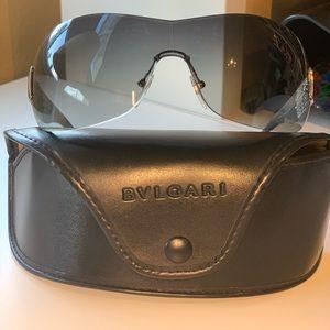 Gorgeous original Bvgalry sunglass
